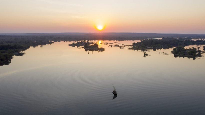 Zambezi Truth, Victoria Falls