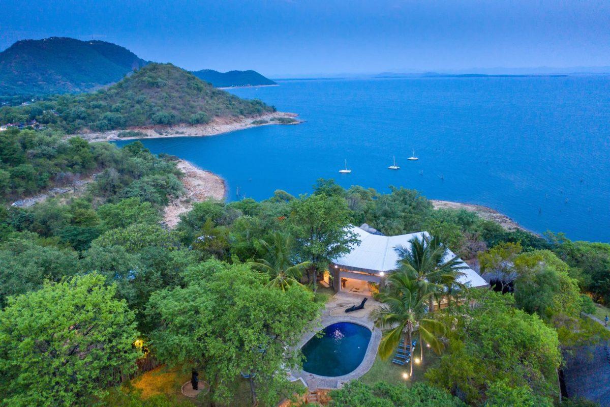Kariba Safari Lodge view